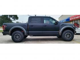 Ford-Raptor-vinyl-black-matte-02