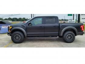 Ford-Raptor-vinyl-black-matte-04